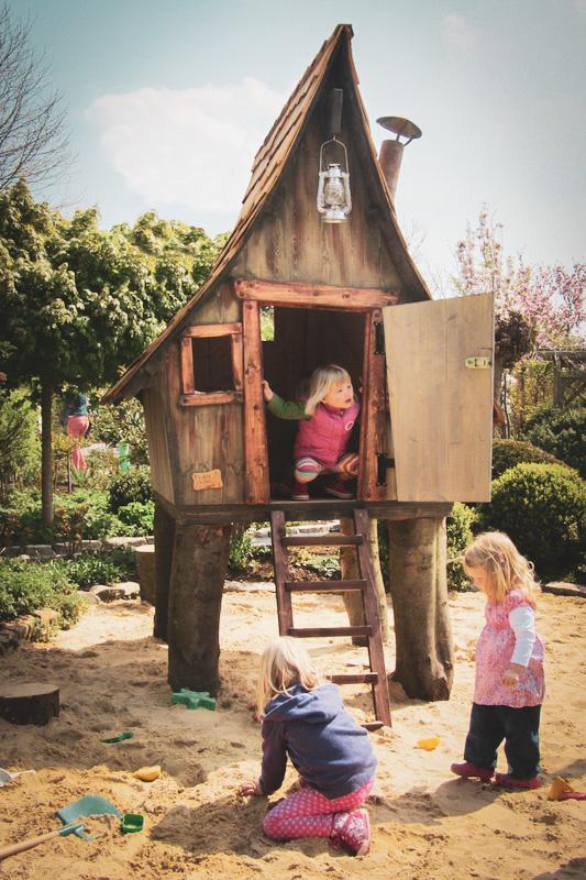 Tiki cabane jeu enfants